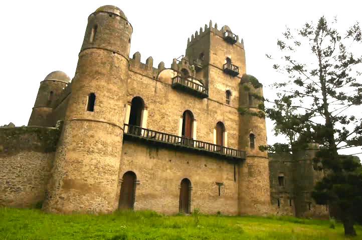 Gonder Fasilides Castle Tour – Wisdom Ethiopia Tours
